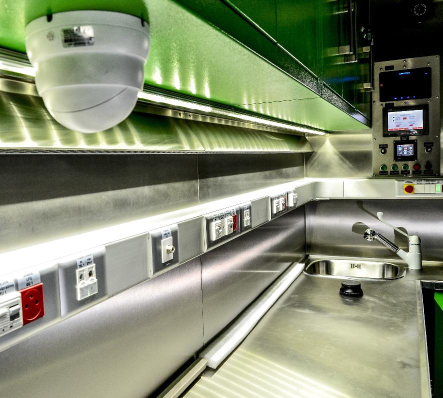 KLM 20 - Kontenerowe Laboratorium Mikrobiologiczne - Przedział laboratoryjny
