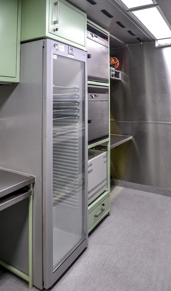 KLM 20 - Kontenerowe Laboratorium Mikrobiologiczne - Lodówki i cieplarki