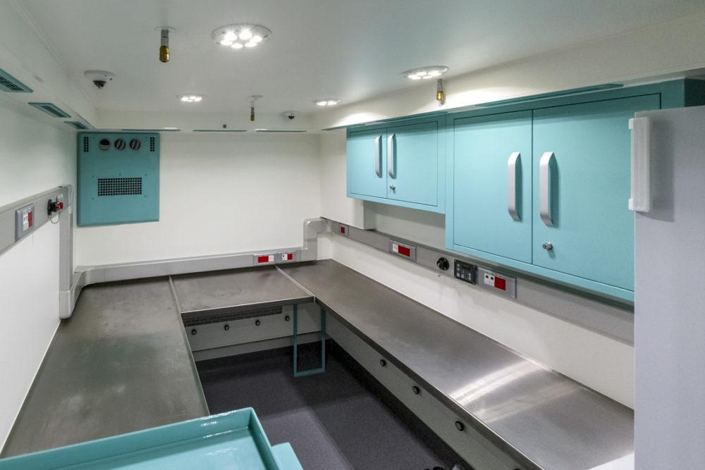 KMLI - Kontenerowe Mobilne Laboratorium Identyfikacyjne - Przedział laboratoryjny