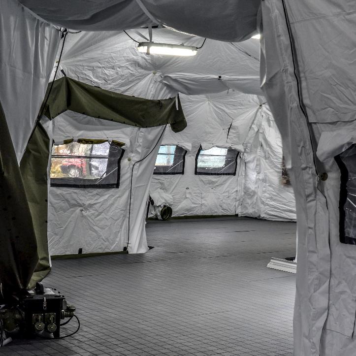 SOP I - Sala Opatrunkowa Poziomu I - Wnętrze namiotów