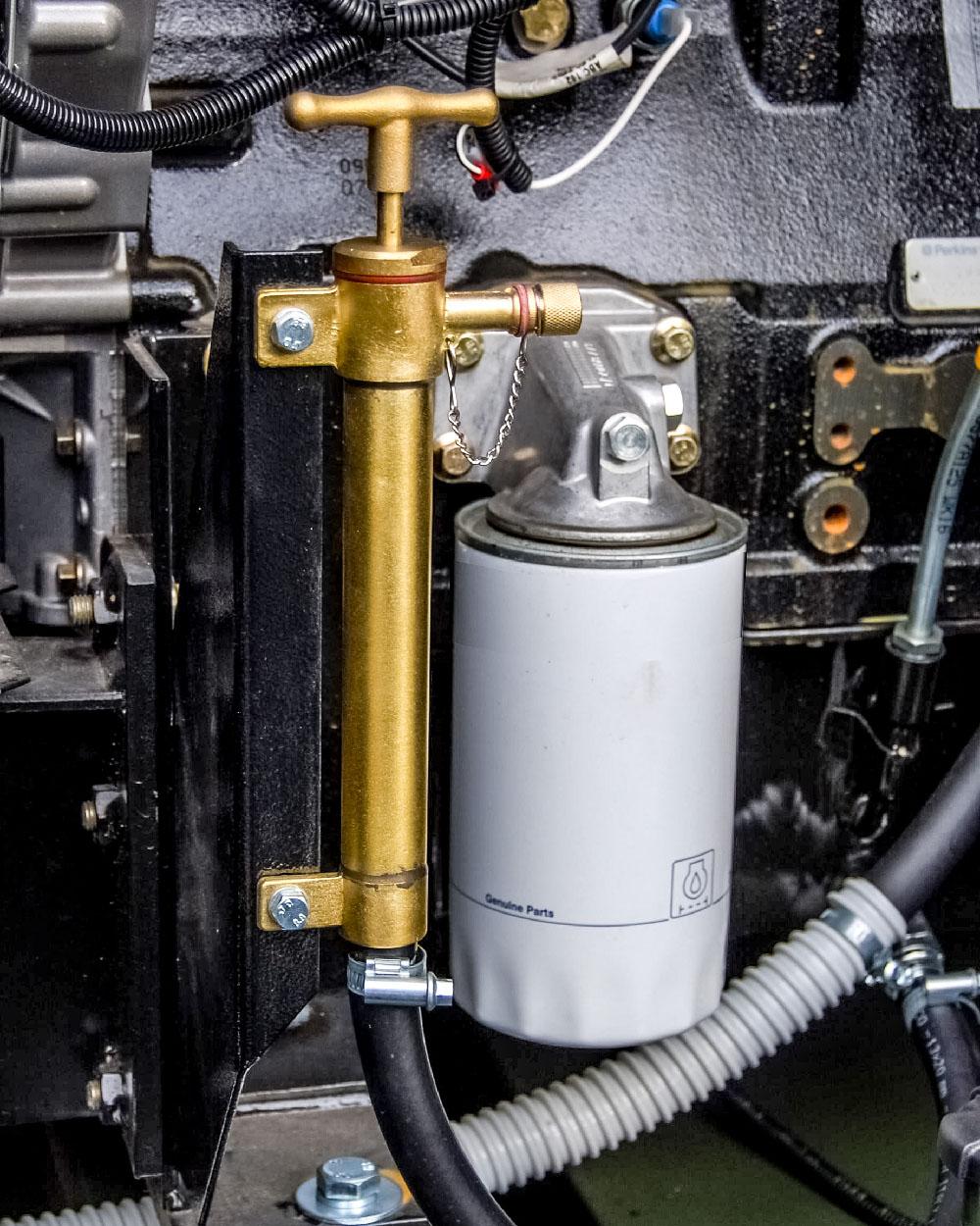 Zespół prądotwórczy ZPW 100 DTZ - Pompa wymiany oleju