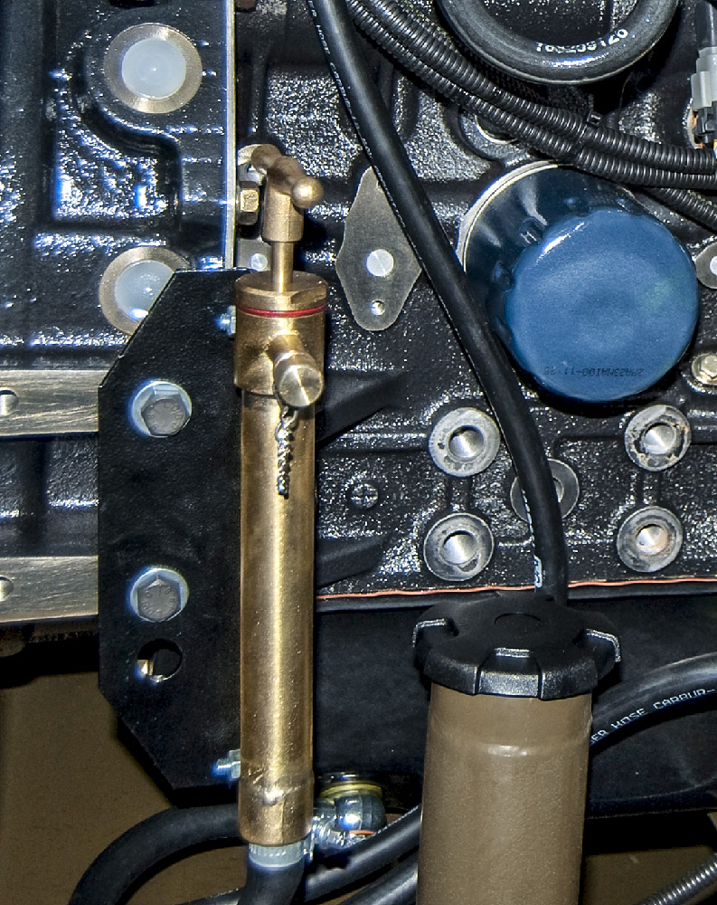 Zespół prądotwórczy ZPW 16 DTPEZ - Pompka wymiany oleju