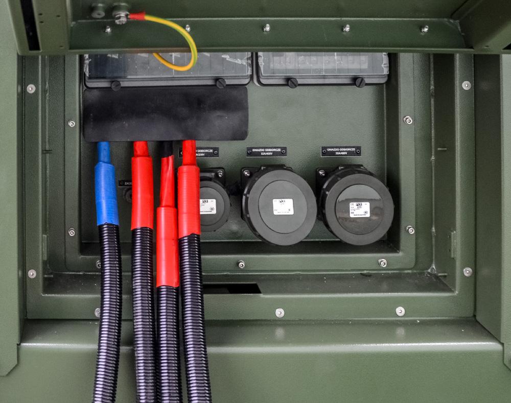 Zespół prądotwórczy ZPW 45 DTZ - widok gniazd