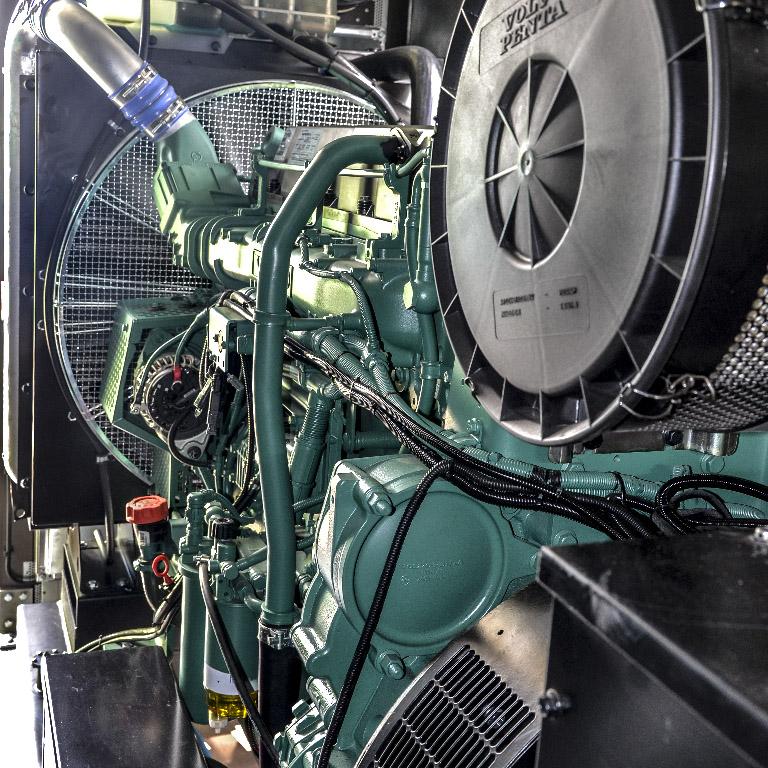 Kontenerowa Elektrownia Polowa KEP 1400 - Przedział techniczny