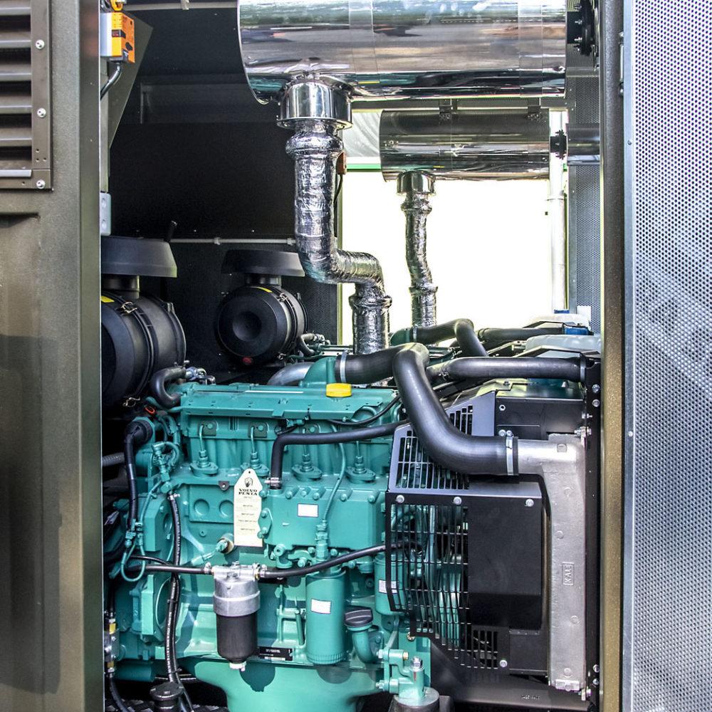 Kontenerowa Elektrownia Polowa KEP 2x65 - Przedział zespołów prądotwórczych
