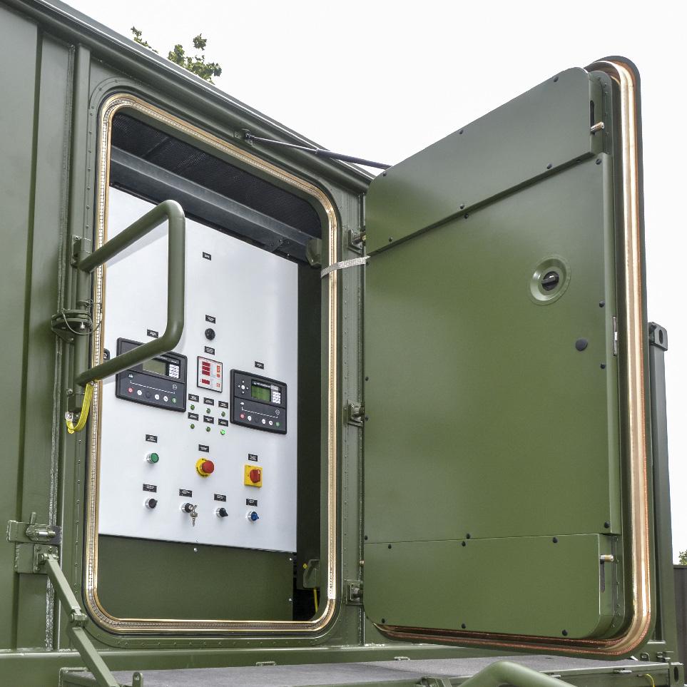 Kontenerowa Elektrownia Polowa KEP 2x85 - Szafa sterownicza